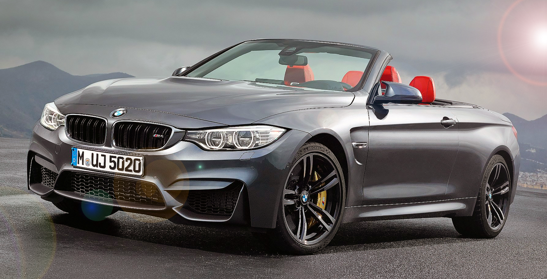 BMW M4 Convertible Unveiled - Drive