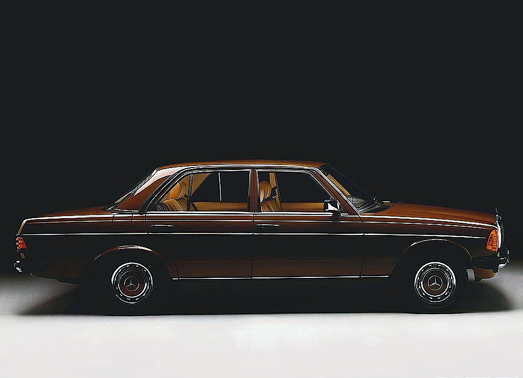 Click to enlarge image Mercedes-Benz-300D-auto-W123-1.jpg