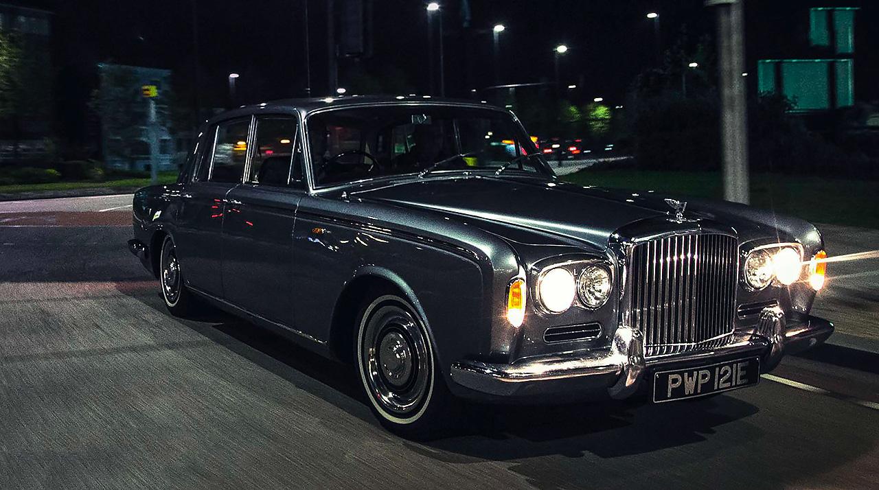Aj95 Bentley Blue Drive Car: Bentley T1 Vs Mercedes 280SE W108 Series, Jaguar 420G And