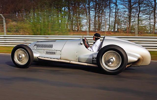 Mercedes Benz W125   1937 Silver Arrow