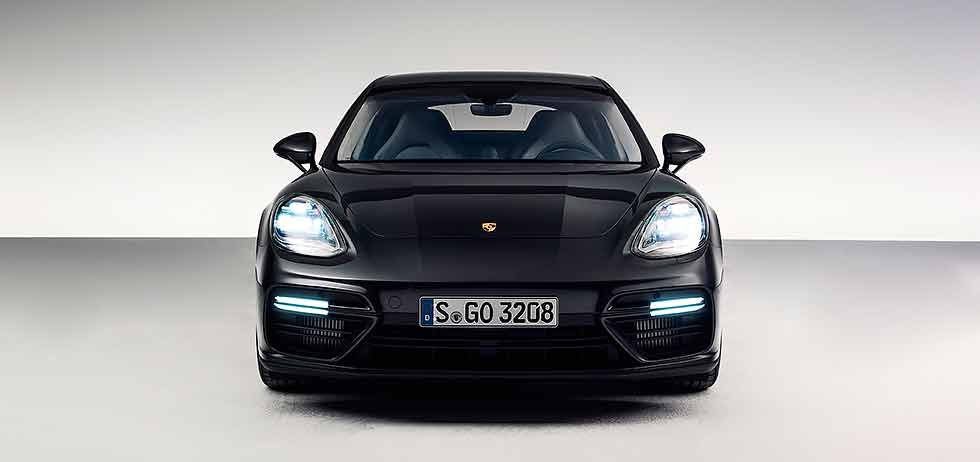 2016 Porsche Panamera second generation