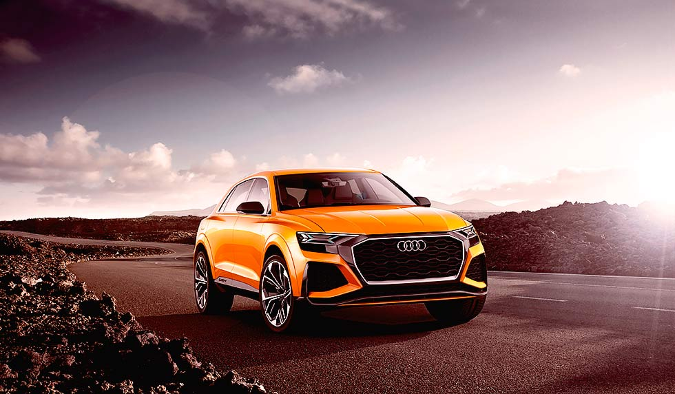 2017 Audi Q8 Sport Concept with petrol engine