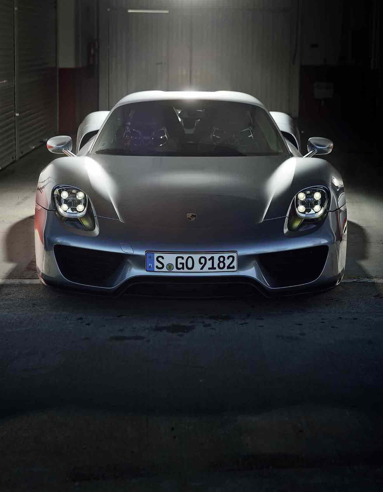 2014 Porsche 918 Spyder Weissach Package Drive