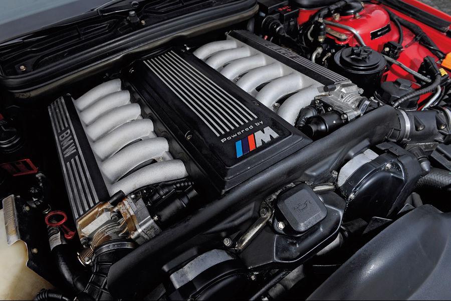 BMW-850i-E31-1992-Porsche-928-GTS-6.jpg