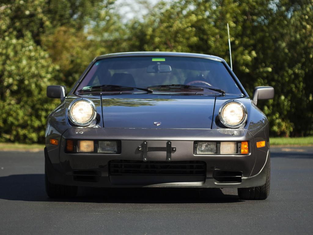 Porsche 928 S 1980–1986 - US-spec Porsche 928 S 1980–1986 - US-spec ...
