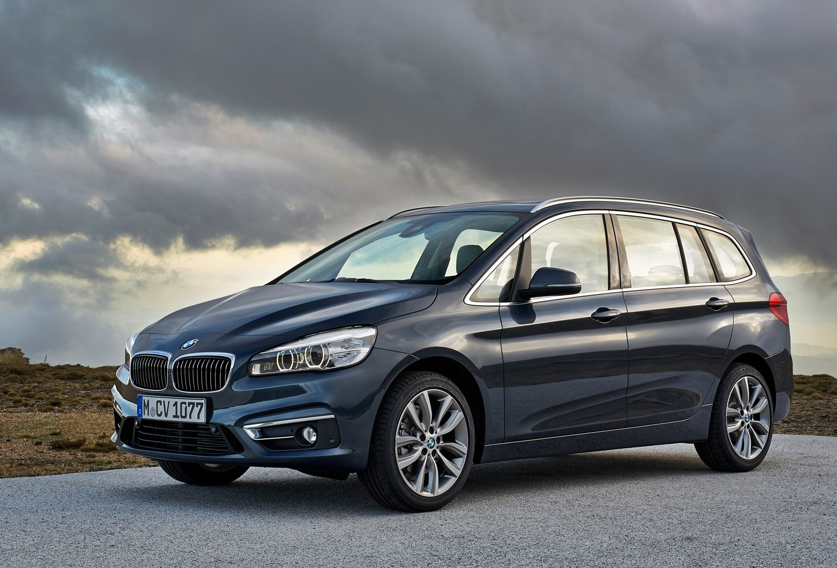 bmw 2 series gran tourer seven seat version f45 drive. Black Bedroom Furniture Sets. Home Design Ideas