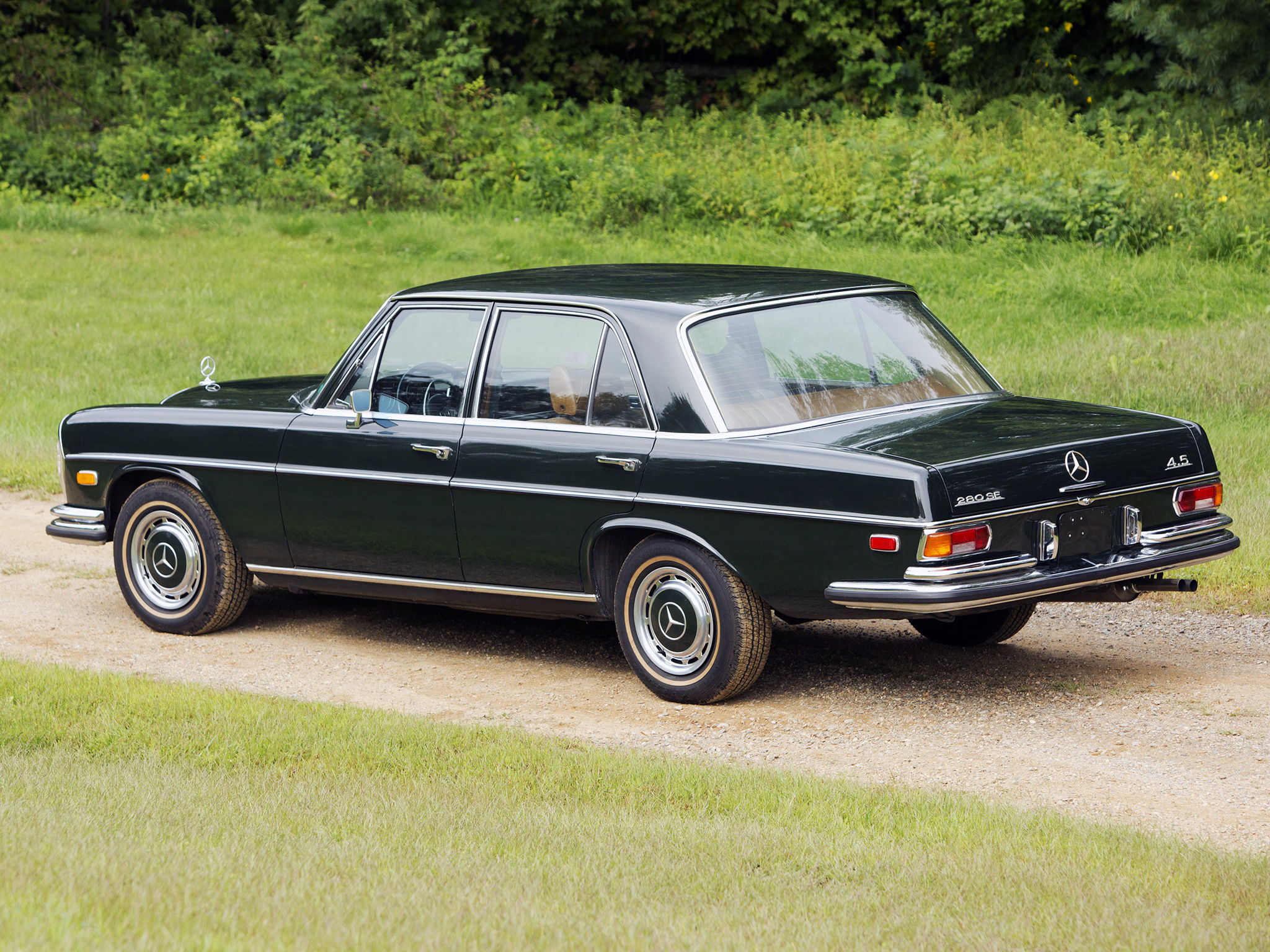 Mercedes benz 280 se w108 vs bmw 2800 e3 test drive drive for Mercedes benz 108