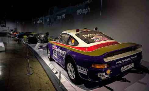 1985 Porsche 959 Paris - Dakar