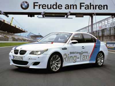 BMW M5 E60 Ring Taxi