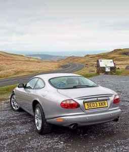 2003 Jaguar XKR 4.2 X100 - Drive