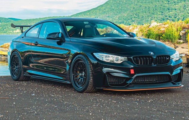 Full-on brutal tuned 600bhp BMW M4 GTS F82