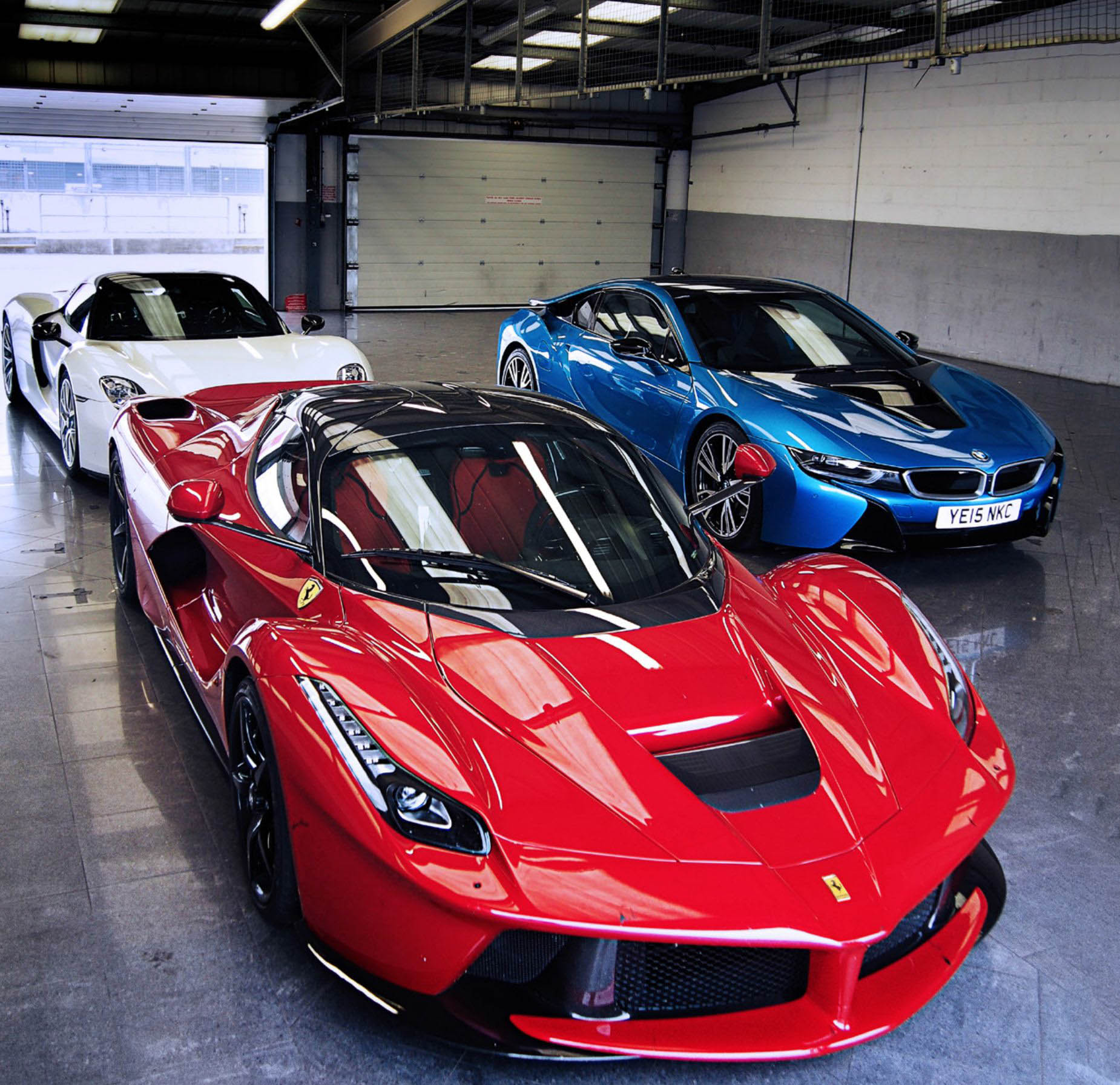 2016 Ferrari LaFerrari vs. 2016 Porsche 918 Spyder and 2016 McLaren on mclaren p1 vs ferrari laferrari, ferrari 458 vs ferrari laferrari, pagani huayra vs ferrari laferrari, lamborghini aventador vs ferrari laferrari,