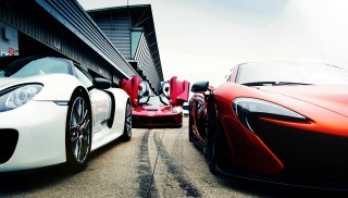 2016 Ferrari LaFerrari vs. 2016 Porsche 918 Spyder and 2016 McLaren P1