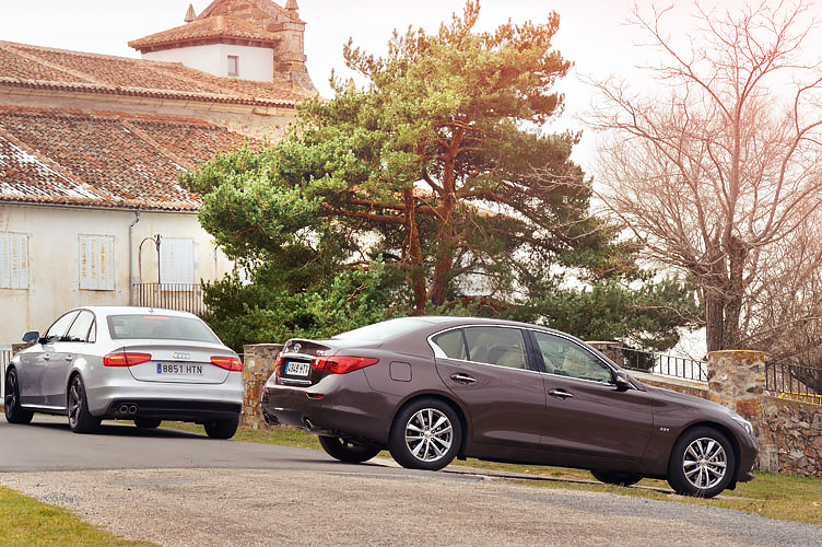 how does infiniti s new q50 stack up against the audi a4 b8 drive my blogs drive. Black Bedroom Furniture Sets. Home Design Ideas