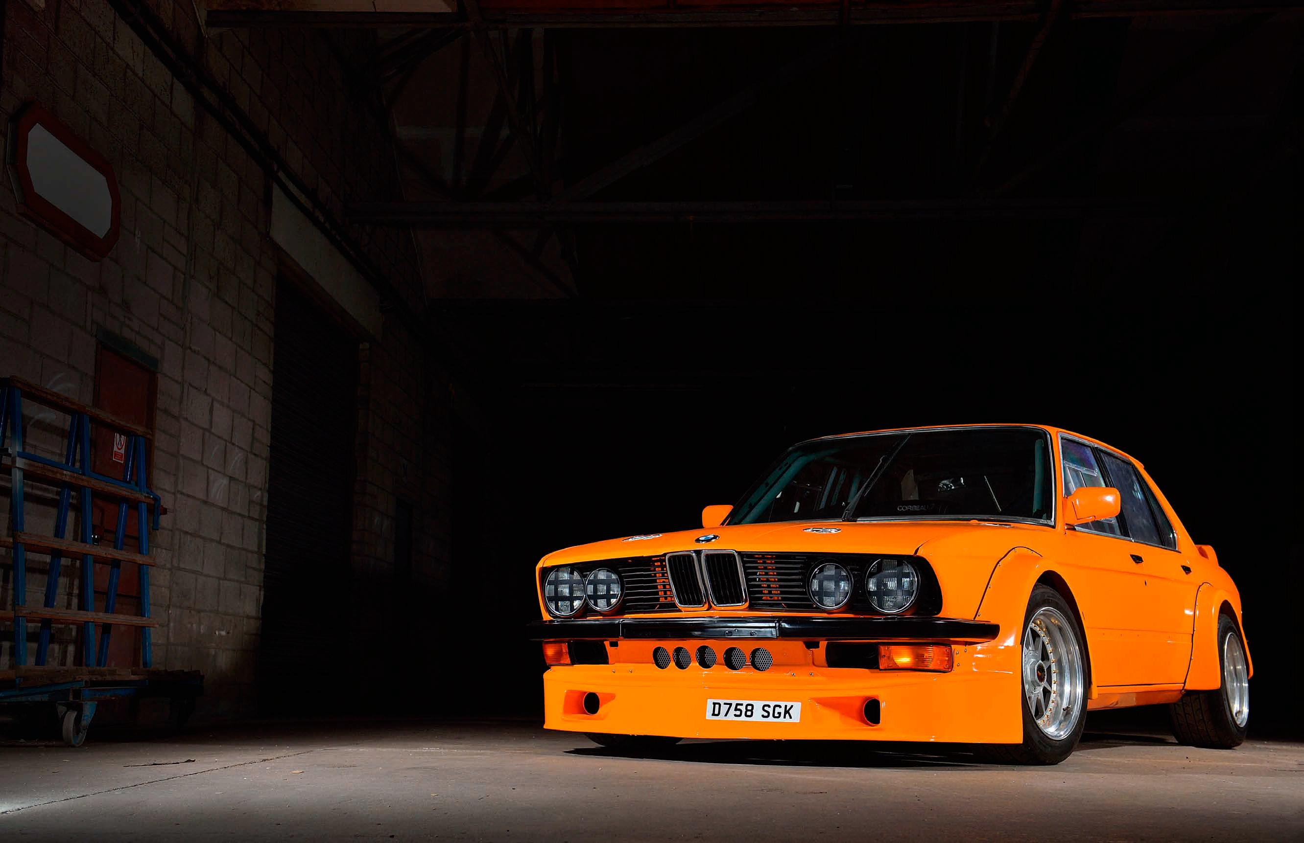 Turner Prize BMW E28 Race Car 360hp S38B38 E34 M5 straight-six ...