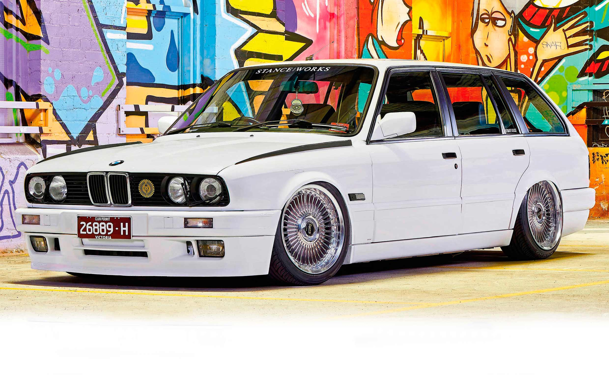 Passion Wagon 1988 BMW 325i Touring E30 from Oz on ITBs