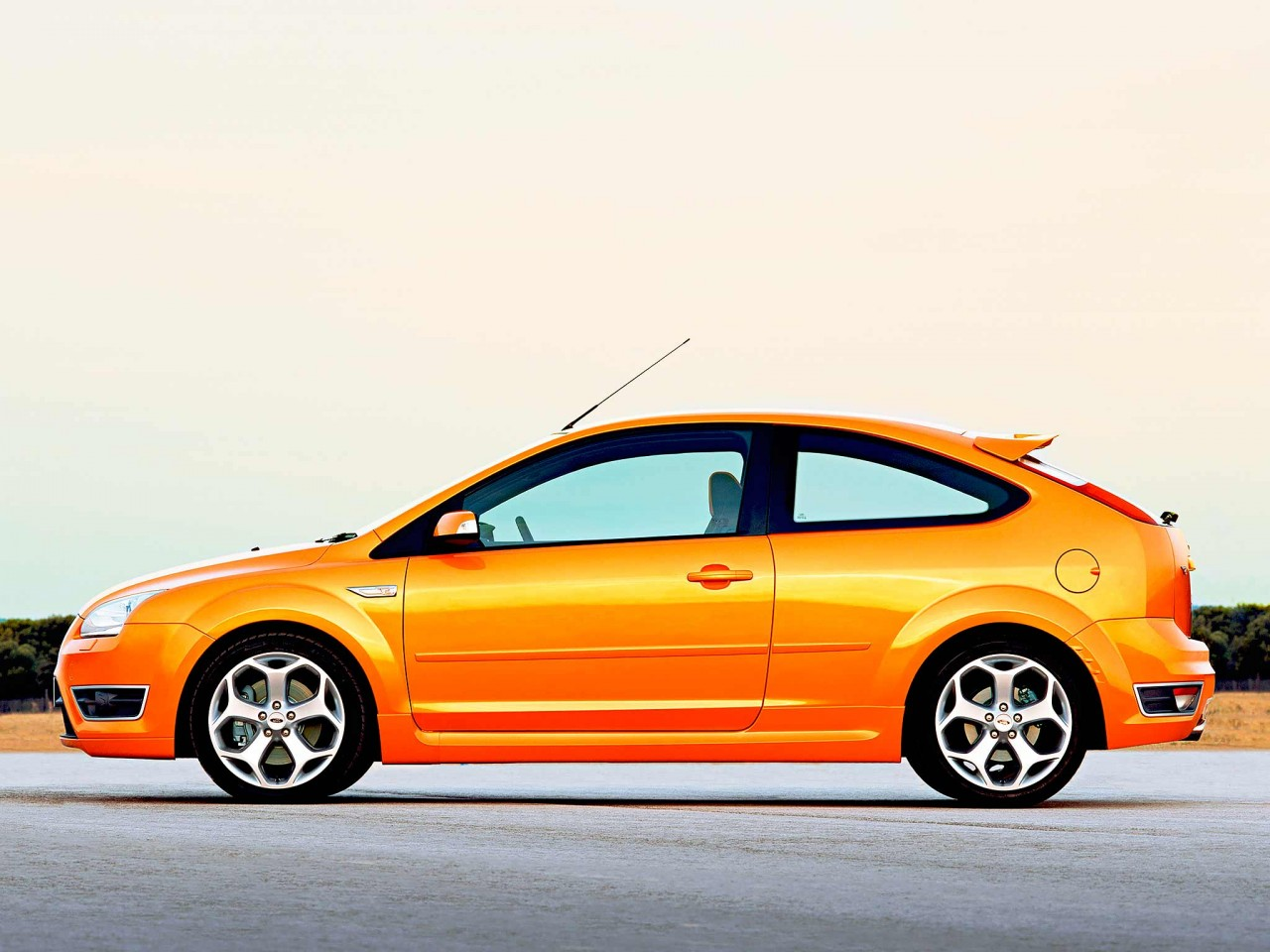 market model ford focus st mk2 da3 drive my blogs drive. Black Bedroom Furniture Sets. Home Design Ideas