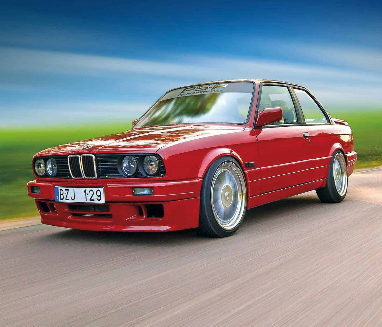 wild 400hp s62 v8 swapped bmw e30 coupe drive my blogs. Black Bedroom Furniture Sets. Home Design Ideas
