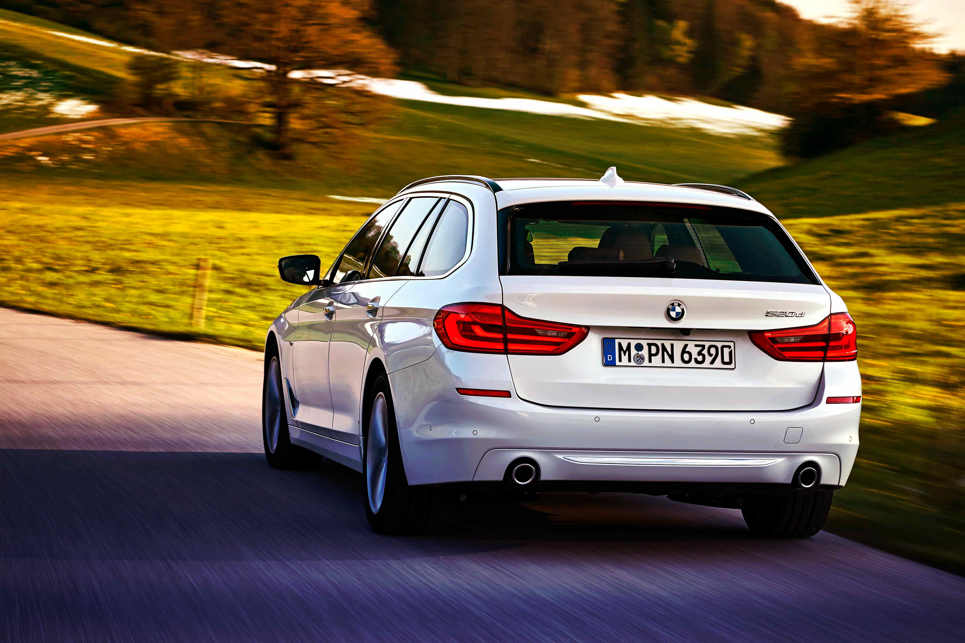 2017 bmw 520d touring g31 first drive drive my blogs drive. Black Bedroom Furniture Sets. Home Design Ideas