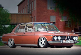 Gorgeous air-ride BMW 3.0S E3