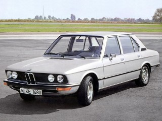 BMW E12 5 Series Trouble-Shooter