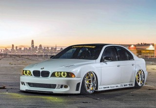 Tuned 560hp supercharged, custom metal wide-body BMW M5 E39