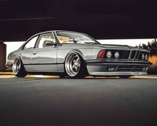 Stunning air-ride BMW 635CSi Automatic E24