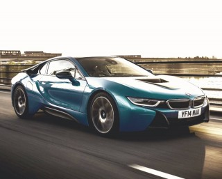 BMW i8 appeal is charging up