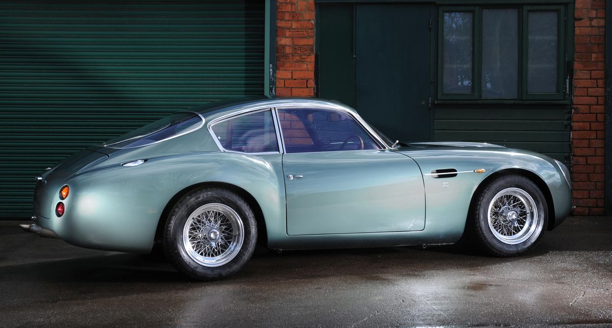 aston martin db4 gt zagato driven drive. Black Bedroom Furniture Sets. Home Design Ideas