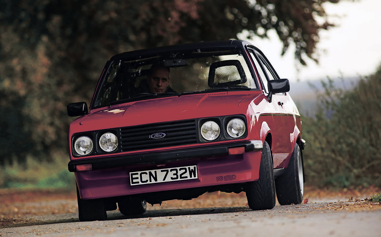 FORD ESCORT Mk1 RS 2000 - Classic Racing Annonces