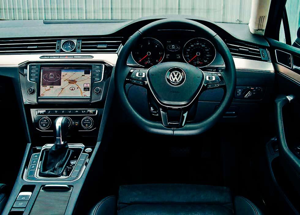 Road Test 2016 Volkswagen Passat Estate Gt 2 0 Bi Tdi 240