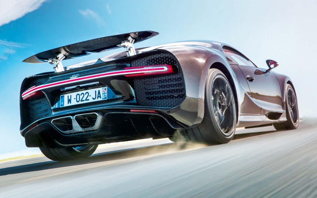 Bugatti chiron test drive