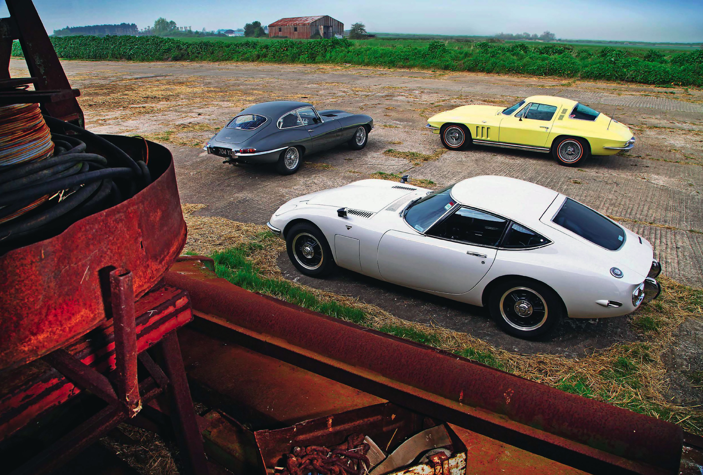 Chevrolet Corvette Stingray C2 Vs Jaguar E Type S1 Fhc And Toyota 2000gt