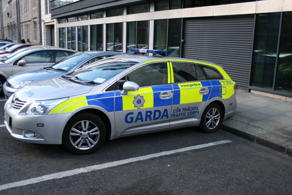 Ирландская полиция гарда