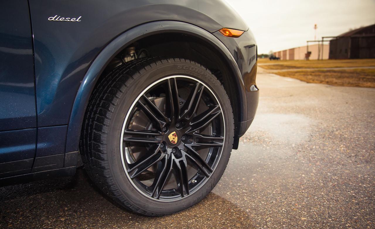 Тест базового дизельного Porsche Cayenne
