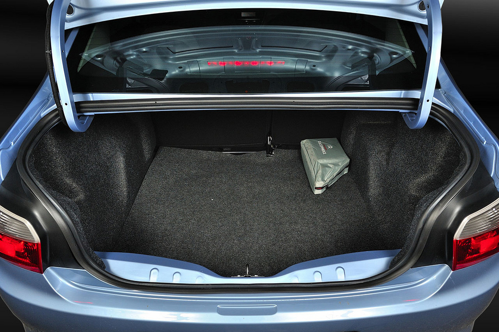 багажник Citroen C-Elysee