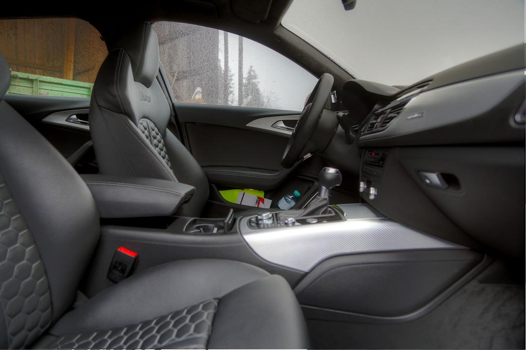 салон Audi RS6 Avant