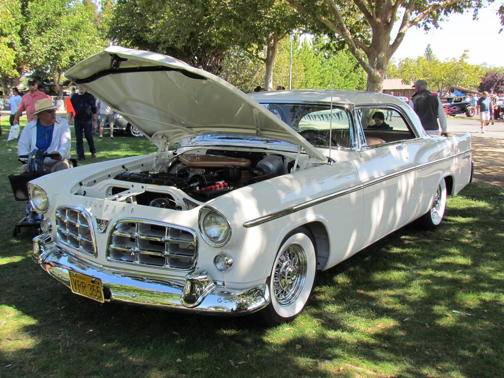 Chrysler 300B Model C72-300
