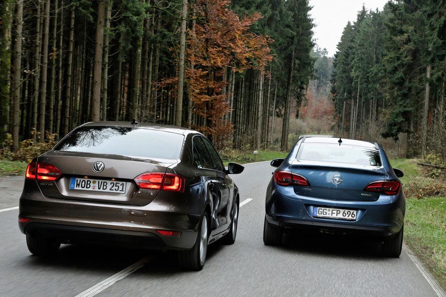Сравнительный тест Volkswagen Jetta и Opel Astra Sedan