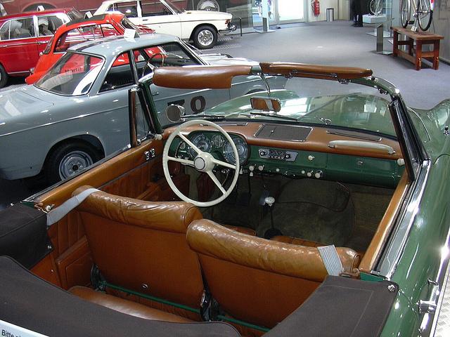 салон BMW 503 кабриолет