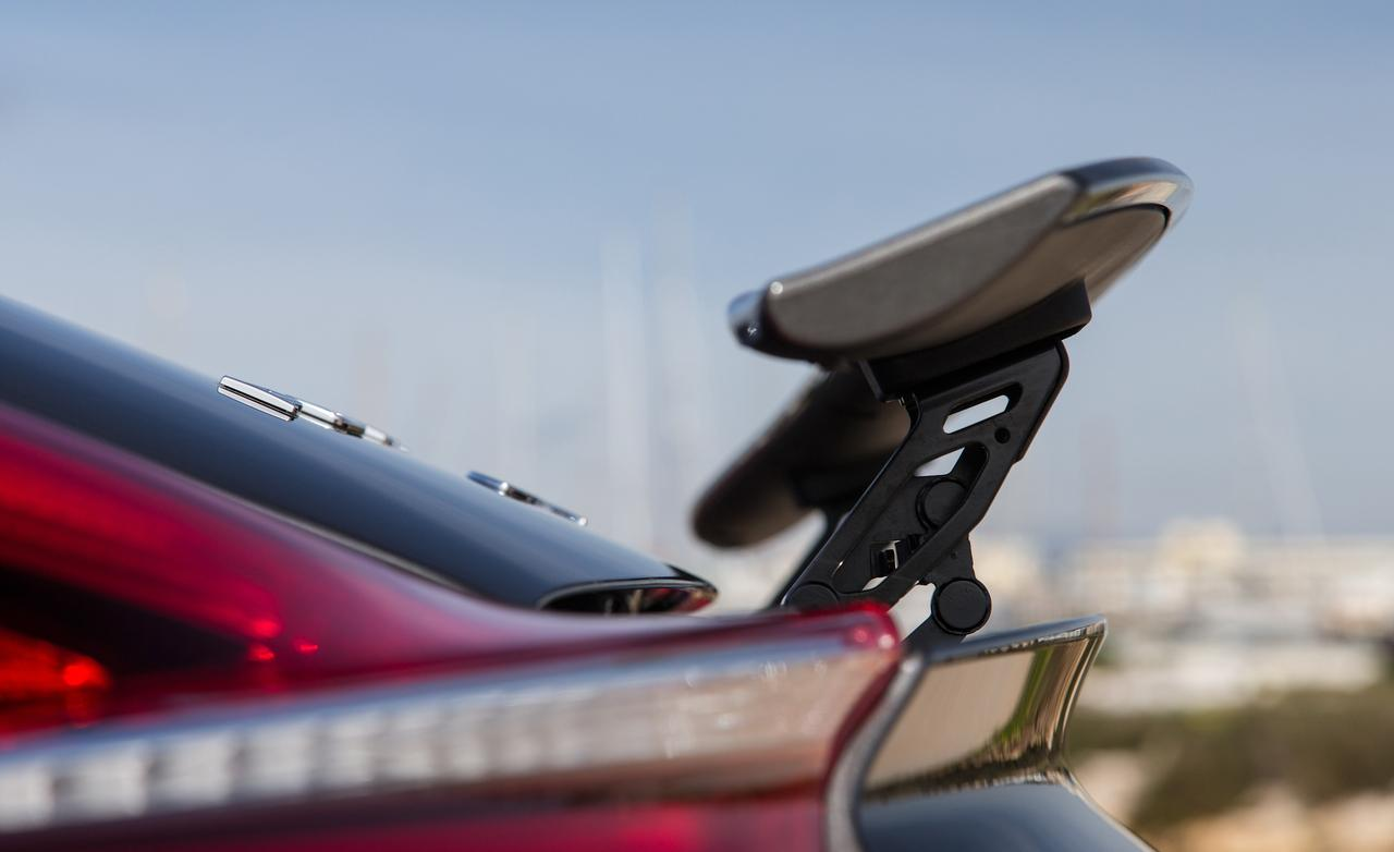 Заднее антикрыло Porsche Cayman