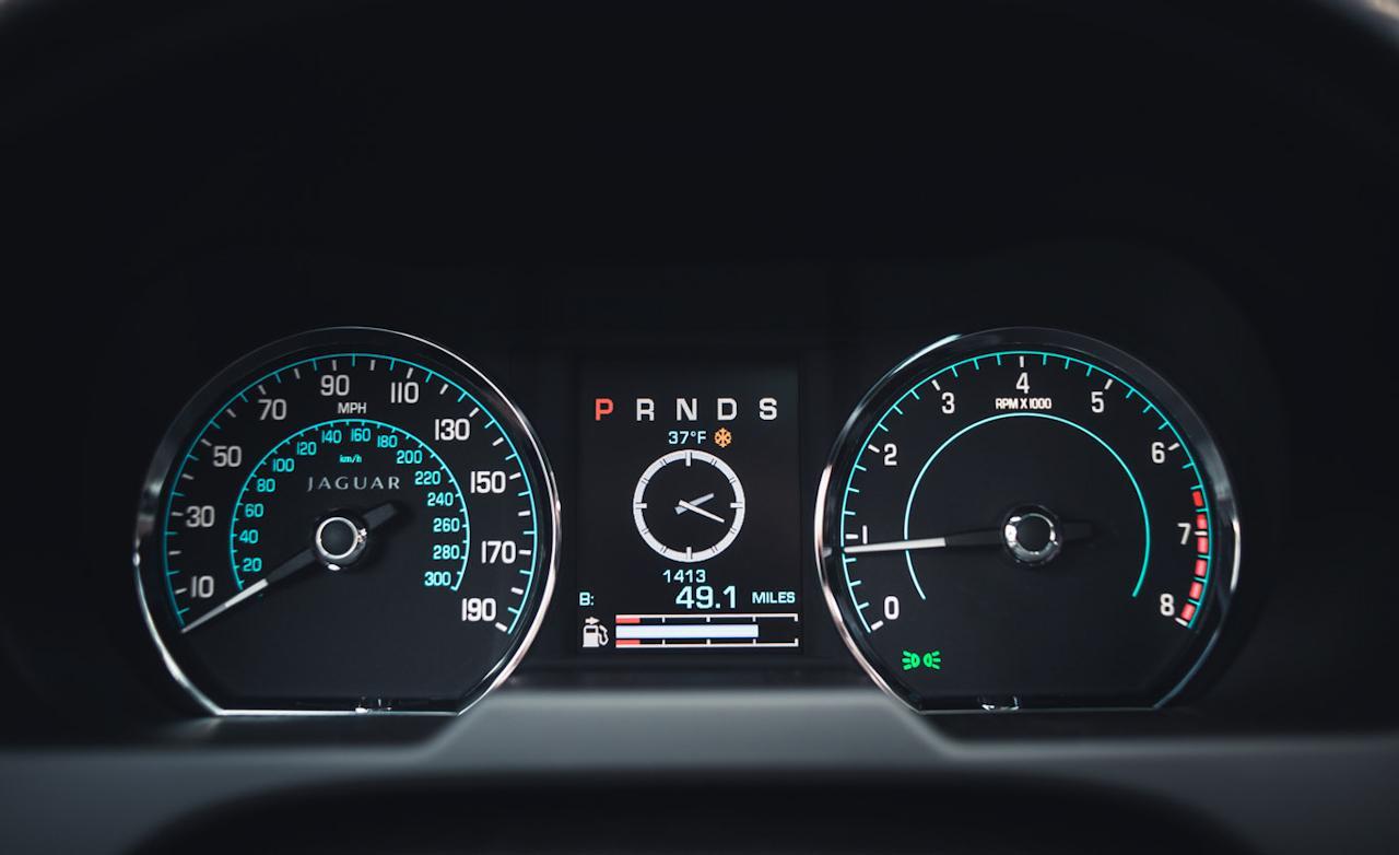 приборы Jaguar XF