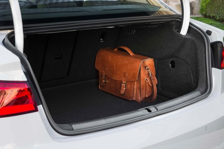 Тест седана Audi A3 багажник