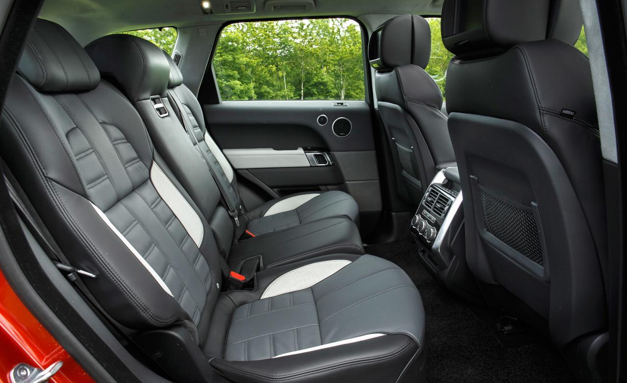 Range Rover Sport тест 2013 задние места