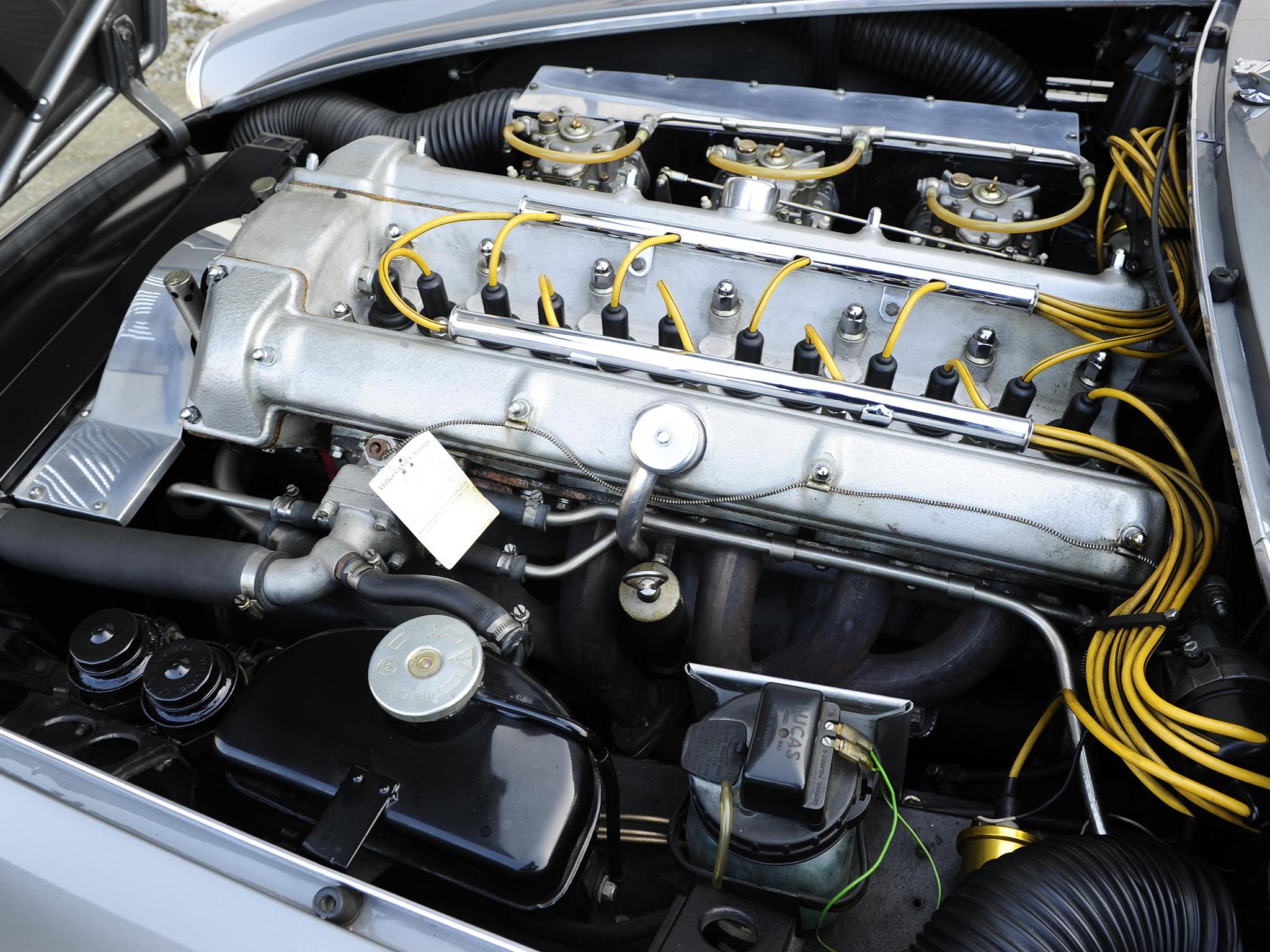 Aston Martin DB4 GT Bertone Jet двигатель