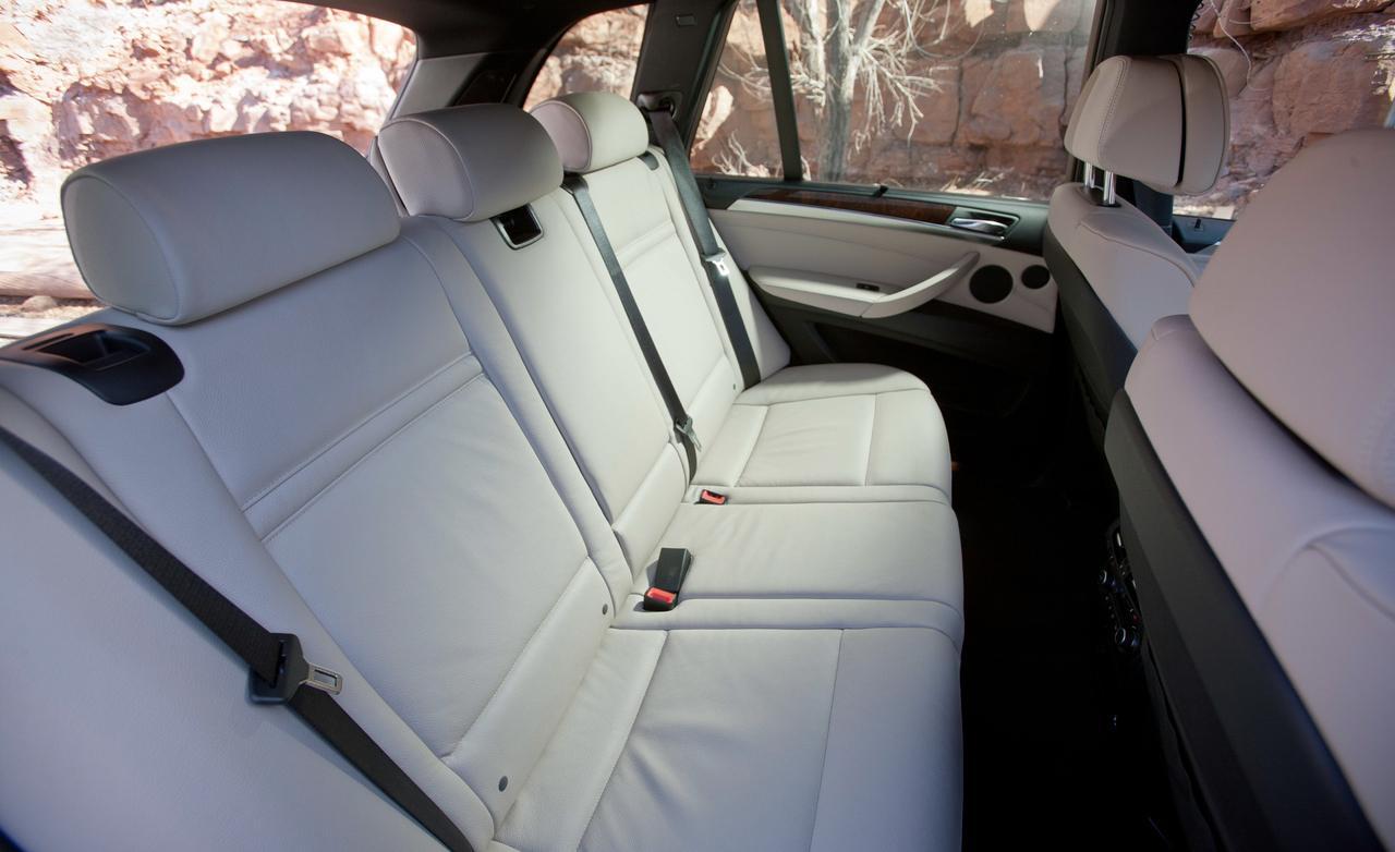 BMW X5 xDrive35d задний диван
