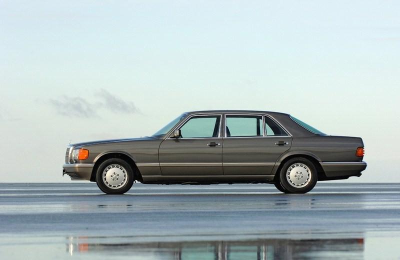 Mercedes-Benz 560 SEL (W126)