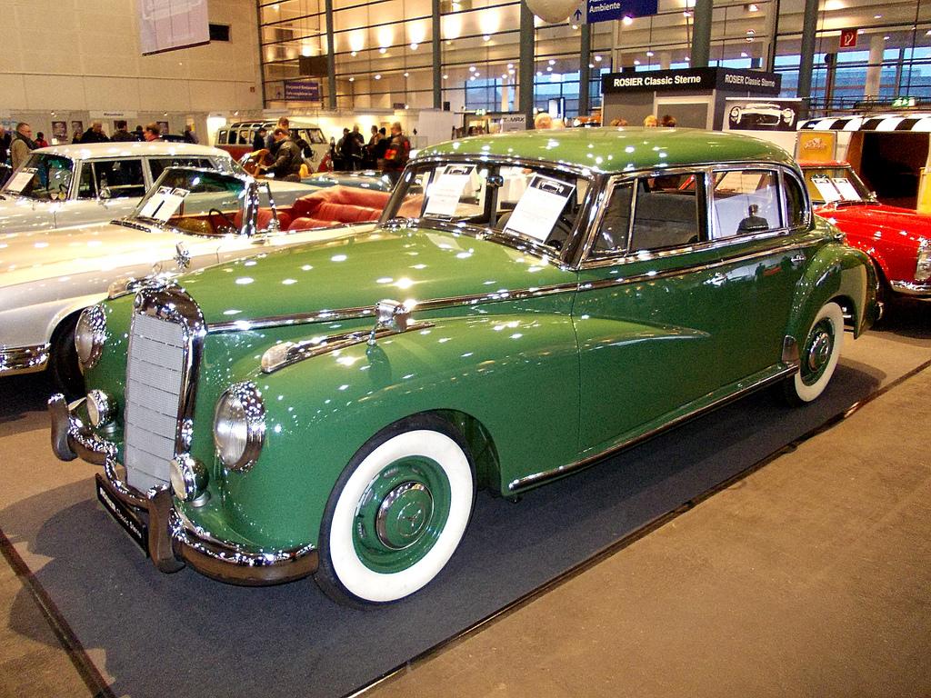 Mercedes-Benz W186 300 1957