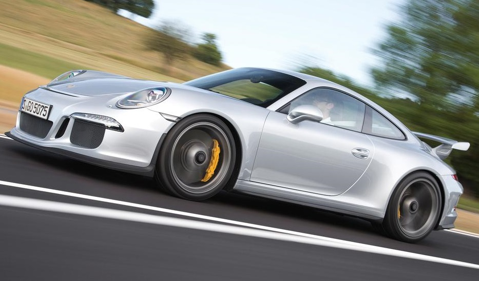 Porsche 911 GT3 991 drive-my.com
