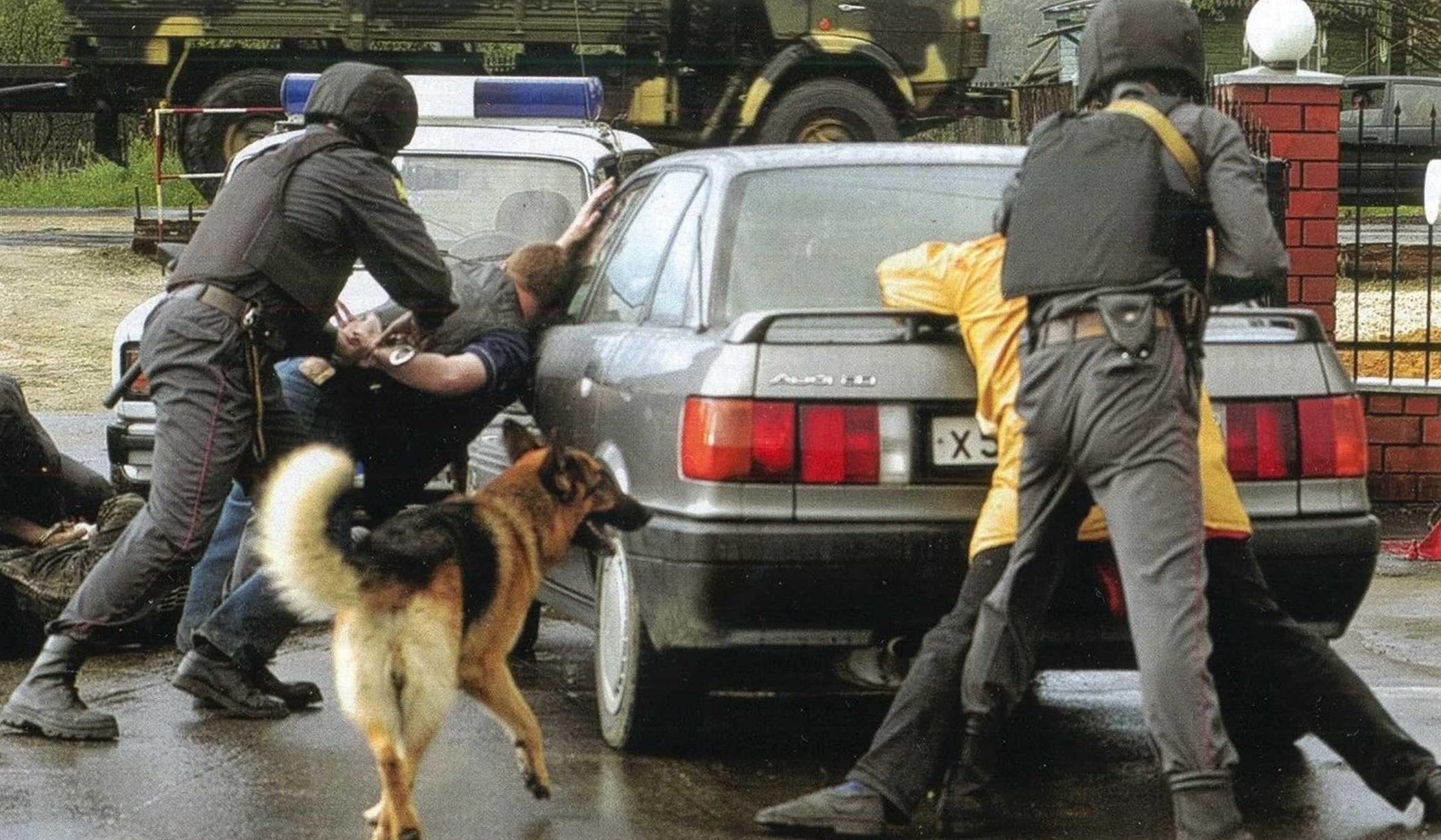 Российская полиция предлагает автовладельцам охрану транспортных средств и розыск в случае угона - за деньги.
